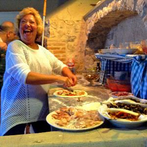 Our guests make authentic Napoletana Pizza on our Amalfi Coast Vacation Weeks!