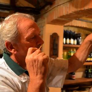Claudio, a local Parma Producer, will bring us to his private Prosciutto Cellar where he use to age selected Prosciutto