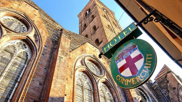 The hotel in bologna is centrally located to all the shopping, the main piazza and the iconic duomo.