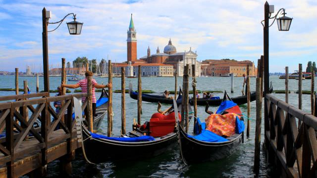 We take private boat and private gondola rides when we visit Venice on our Bologna cooking vacations