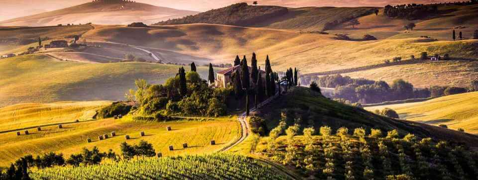 Breathtaking view of Val D'Orcia in Tuscany